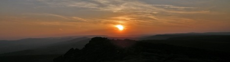 Sunset over Stanage © Oli Grounsell