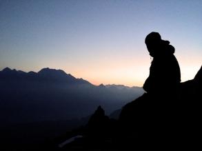 Guy, sunrise and mountains © Oli Grounsell