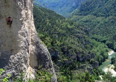 Climbing above the Tarn © Roger Grounsell