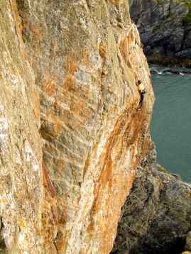Flashing Gimble in the Wabe (E7 6b), Rhoscolyn © Jemma Powell