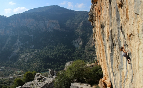 Anna on Por puro vicio 7c © Oli Grounsell