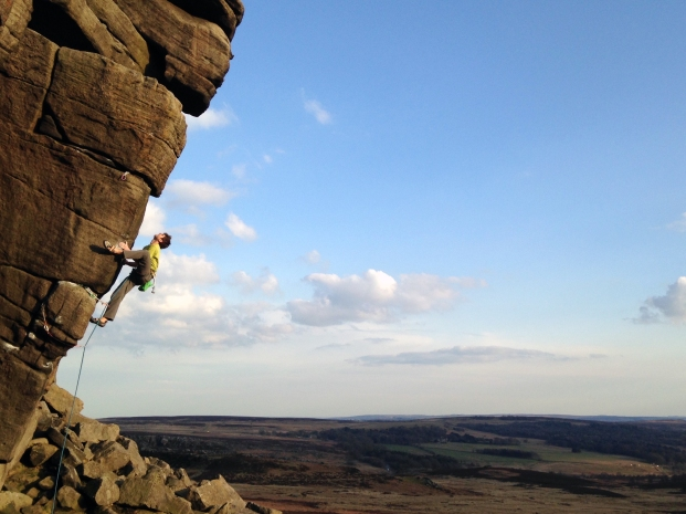 Mikey on Block and Tackle, E6 6c) Higgar Tor © Oli Grounsell