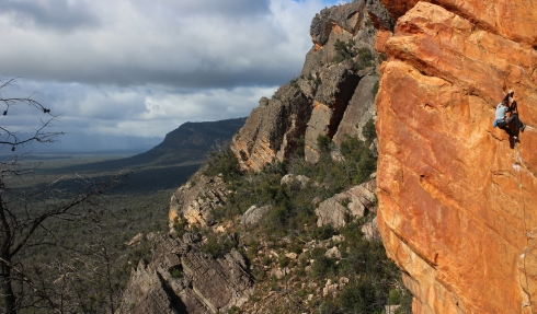 Climbing Eau Rouge, Lost World, Grampians, Australia © Jack Lawledge