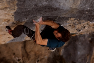 Another bouldery sequence on Radar Ez (8c+), Figols, Spain © Luke Dawson